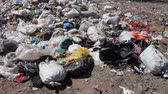 sloppy : Ecological pollution, dumping of garbage