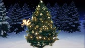 магия : 3d rendering of a shiny christmas tree in the woods. merry christmas concept
