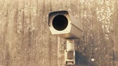 proibir : Security Camera On Weathered Wall Watching Stock Footage