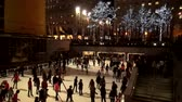 vezes : Ice Rink at Rockefeller Center Stock Footage