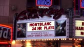 vezes : Famous BB King Theatre on Broadway Stock Footage