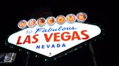 pôquer : Welcome to Fabulous Las Vegas sign by night - LAS VEGAS, NEVADA  USA April 20, 2015