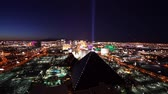 kasino : Wide angle shot of Las Vegas in the evening - amazing aerial - LAS VEGAS, NEVADA  USA April 20, 2015 Dostupné videozáznamy