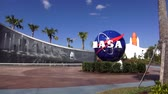 middelpunt : NASA logo op het Kennedy Space Center in Cape Canaveral Cape Canaveral, Florida  USA 18 oktober 2015