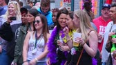 culto : Group of girls having party at the French Quarter New Orleans