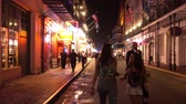 culto : Walking through the French Quarter New Orleans at night