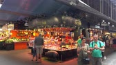 katalánsko : Famous and biggest Market Hall in Barcelona - La Boqueria