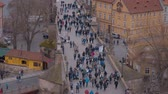 európai unió : Plenty of tourists walking on Charles Bridge - a popular place in the city center