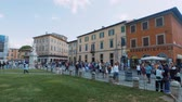 architektonický : Tourists on Miracoli Square in Pisa - the most important attraction in the city - PISA TUSCANY ITALY - SEPTEMBER 13, 2017