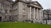 river liffey : Trinity College in Dublin - famous landmark in the city Stock Footage