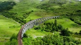 çayır : Glenfinnan viaduct in the highlands of Scotland