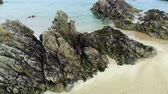 vysočina : The amazing black rocks at Sango Sands in the highlands of Scotland Dostupné videozáznamy