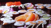 にぎり : Varietey of Asian Sushi on a plate