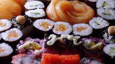 tuňák : Varietey of Asian Sushi on a plate