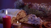 kuru üzüm : Christmas stollen the famous Christmas cake for holidays Stok Video