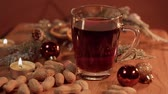kuru üzüm : Mulled wine on a Christmas table