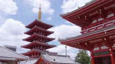 буддист : Wonderful pagoda tower at Senso Ji Temple in Tokyo Asakusa