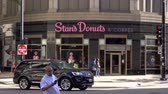 sjednocený : Stans Donuts and coffee in Chicago - CHICAGO. UNITED STATES - JUNE 11, 2019