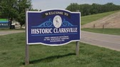 elhelyezkedés : Welcome to historic Clarksville - LOUISVILLE, USA - JUNE 14, 2019