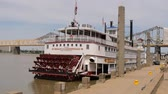 semt : Belle of Louisville paddle wheel steamer - LOUISVILLE, USA - JUNE 15, 2019 Stok Video