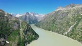 arsa : Beautiful lake in the Swiss Alps - Switzerland from above Stok Video