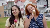 seksi : Eating ice cream at summer holiday in Portugal Stok Video
