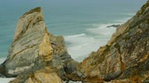 lisszabon : The rocky coast of Cabo da Roca in Portugal