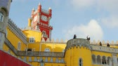 castello : Colorful buildings of National Palace of Pena at Sintra Filmati Stock
