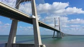 construcción de carreteras : Impressive architecture of Vasco da Gama Bridge in Lisbon - CITY OF LISBON, PORTUGAL - NOVEMBER 5, 2019