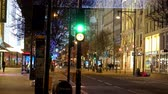 londen : festive Oxford Street at Christmas time - LONDON, ENGLAND - DECEMBER 10, 2019