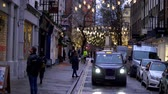 engels : beautiful decorated streets for Christmas at London West End - LONDON, ENGLAND - DECEMBER 10, 2019 Stockvideo