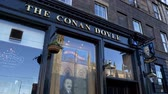 The Conan Doyle Pub in Edinburgh - EDINBURGH, SCOTLAND - JANUARY 10, 2020 動画素材