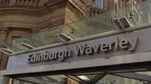 wieża : Edinburgh Waverly railway station - EDINBURGH, SCOTLAND - JANUARY 10, 2020