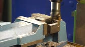 engenharia : In the metal factory, cnc lathe, milled in steel vices