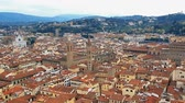 Флоренция : Beautiful Florentine landscape. Basilica of Santa Croce, Palazzo Vecchio and the red roofs of Florence, Italy Стоковые видеозаписи