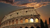 kolosseum : building of the Colosseum in Rome close up Stock Footage