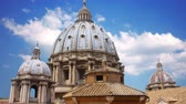 The magnificent Cathedral of St. Peter in the Vatican Стоковые видеозаписи