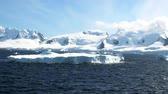 осадки : Cruising in Antarctica in a sunny day - Palmer Archipelago - Neumayer Channel - Global warming - Fairytale landscape