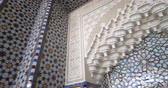 colunata : Pan to the majestic mihrab in Strasbourg Great Mosque or Grande Mosquee de Strasbourg beautiful tile pattern