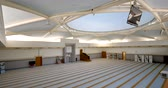 minare : STRASBOURG, FRANCE - CIRCA 2018: Large praying hall interior of Strasbourg Great Mosque or Grande Mosquee de Strasbourg with minbar and mihrab - architecture by Paolo Portoghesi Stok Video