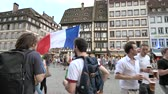 jubel : STRASBOURG, FRANCE - JULY 15, 2018: Group of supporters after the victory of the French team in the final of the World Cup football in Russia against Croatia