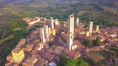 toszkána : Drone aerial footage of the wonderful village of San Gimignano. A Unesco World Heritage. Tuscany, Italy