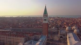 benátky : aerial orbit over san marco square at sunrise in venice italy