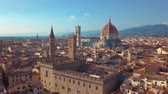 Мария : Aerial panoramic view of cityscape in Florence, Italy. Cathedral di Santa Maria del Fiore. Стоковые видеозаписи