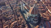 Флоренция : Aerial view of Florence, tuscany, Italy. Flying over the Florence roofs.