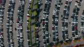 estacionamento : Aerial top view of the supermarket parking lot with lots of cars.