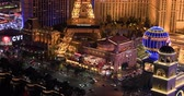 las : LAS VEGAS, NEVADA - JANUARY 02, 2018: Las Vegas strip night view from hotels balcony Stock Footage