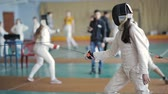 meç : fencers women on a training Stok Video