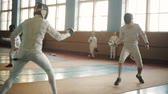 meç : fencers on a training Stok Video