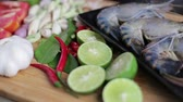 шалот : Many ingredient to cook Tom Yum Kung, The famous Thai style spicy soup.